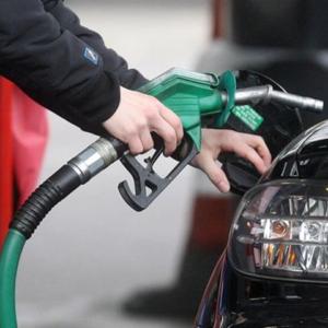 govt increaced petrol price in Pakistan